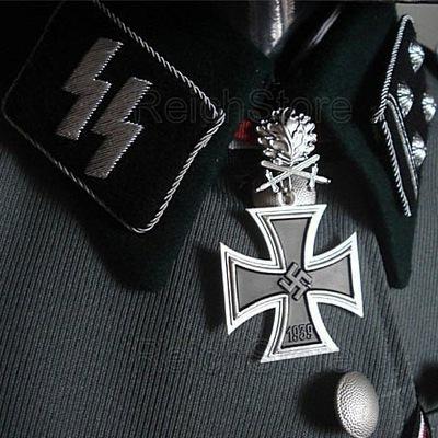 Стас Карпов