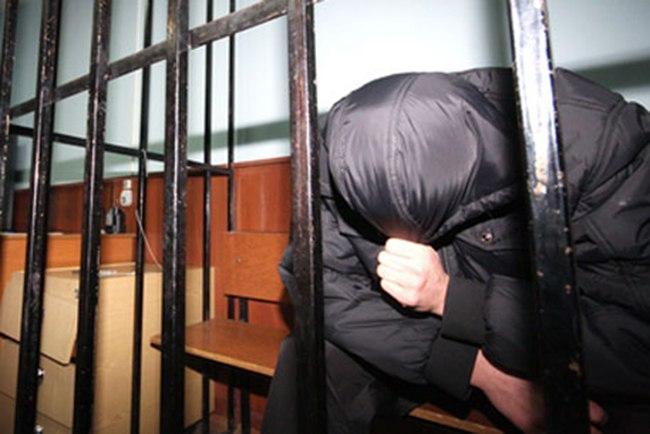 В Таганроге задержали рецидивиста, который задушил собутыльника и спрятал его тело в ковер
