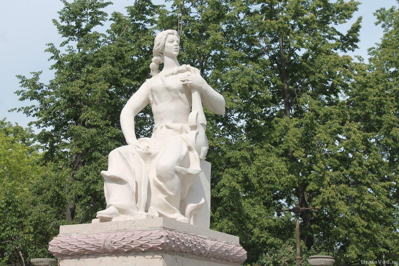 Скульптура Эрнста Неизвестного в Асбесте