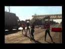 День дальнобойщика в Кафе Кекс на М7девушки танцуют на проезжей части