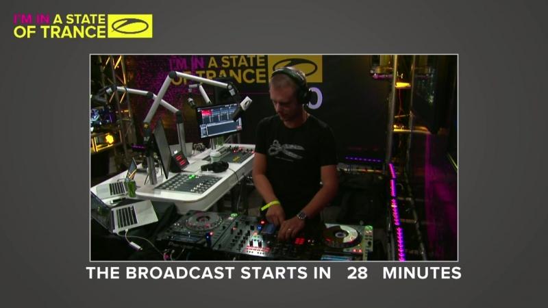 Armin van Buuren – Warm Up @ ASOT 750 (Live @ Toronto,Сanada)