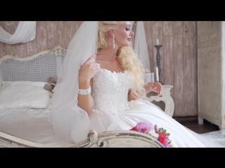 Лучшее свадебное видео, свадебный фотограф, съёмка венчания, свадебный стилист-визажист СПб и ЛО заказ на сайте mol4anova.ru
