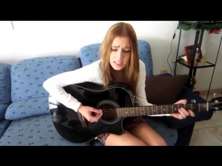 Песни под гитару ! Девушка поет красивую песню на испанском ))