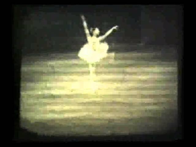 Пламя Парижа-Женская Вариация - ленинградский балет!