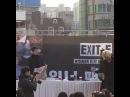 위너 WINNER 팬사인회 신촌 7초 영상 6. 남태현 사인회 끝나고 가지고 있던 핫팩 다 인