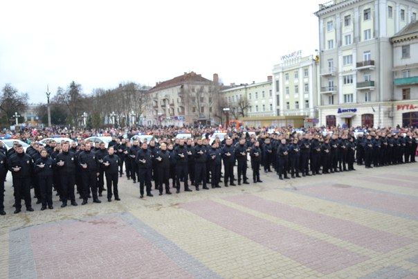 Сьогодні на вулиці Тернополя вийде чуть більше двох сотень поліцейських - фото 4