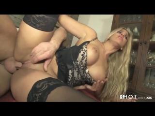 sekretarsha-bez-trusov-porno