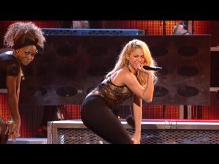 Shakira - loca (live @ the 12th annual latin grammy awards 2011) hdtv 1080i