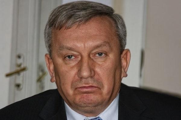Луценко: СМИ не должны давить на комиссию по избранию антикоррупционного прокурора - Цензор.НЕТ 810