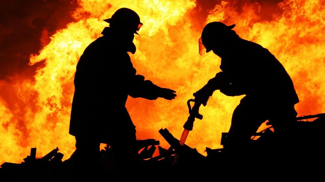 В Таганроге на улице Лазо горел магазин