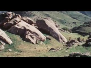 Класный фильм- Непобедимый (1983)