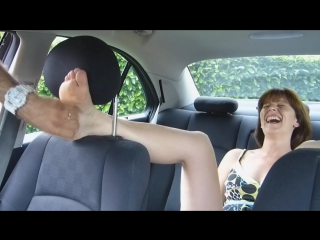 Veronique is Back for a Ticklish Experience in the Car