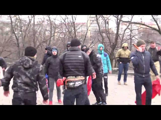 17 марта 2016. Киев. Гитлеровцы из АЗОВА напали на пенсионеров-коммунистов