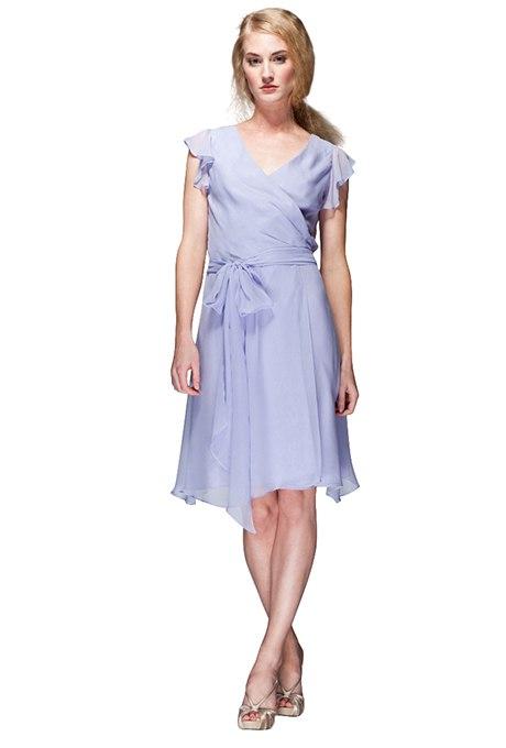 mQzzJTXXZQg - Прекрасные платья цвета лаванды для подружек невесты на каждый сезон
