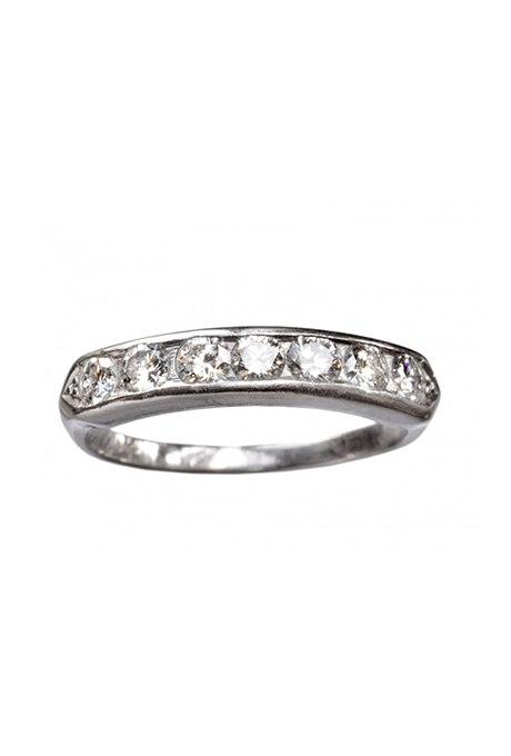 Ax5MaVQkL6c - Свадебные обручальные кольца с вечным дизайном