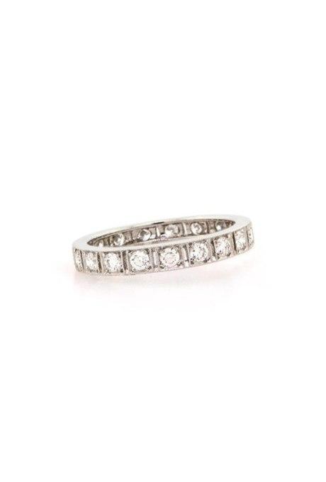 uHn3WNsf3gM - Свадебные обручальные кольца с вечным дизайном