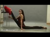 SLs Kseniya, гимнастка показывает гибкость и растяжку , contortions gymnast flexibility stretching