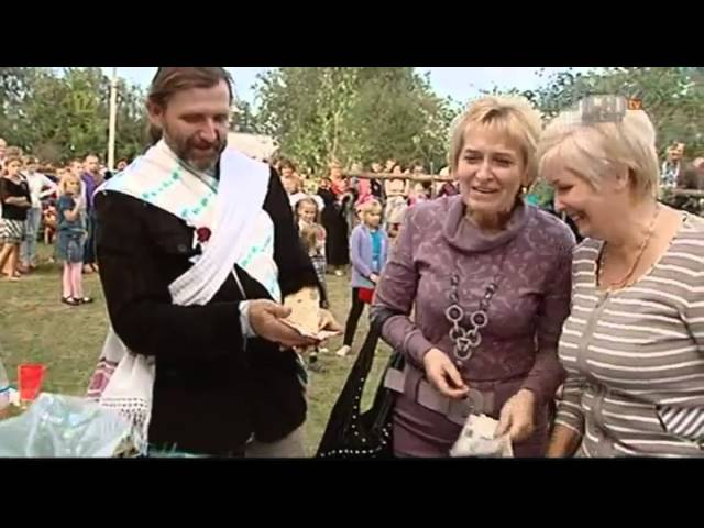 Беларусский язык Як выглядае традыцыйнае беларускае вяселле Рэпартаж.