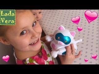 Робот кошечка Мурка распаковка игрушки Unpacking toy Cat