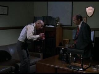 Kojak 1x03 Al deposito de cadaveres