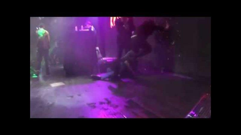 Кровосток Куртец (ЖЕСТЬ) Москва клуб Red 13/11/2015
