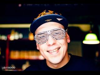 Дюша Метелкин в клубе B&B отвечает на вопросы