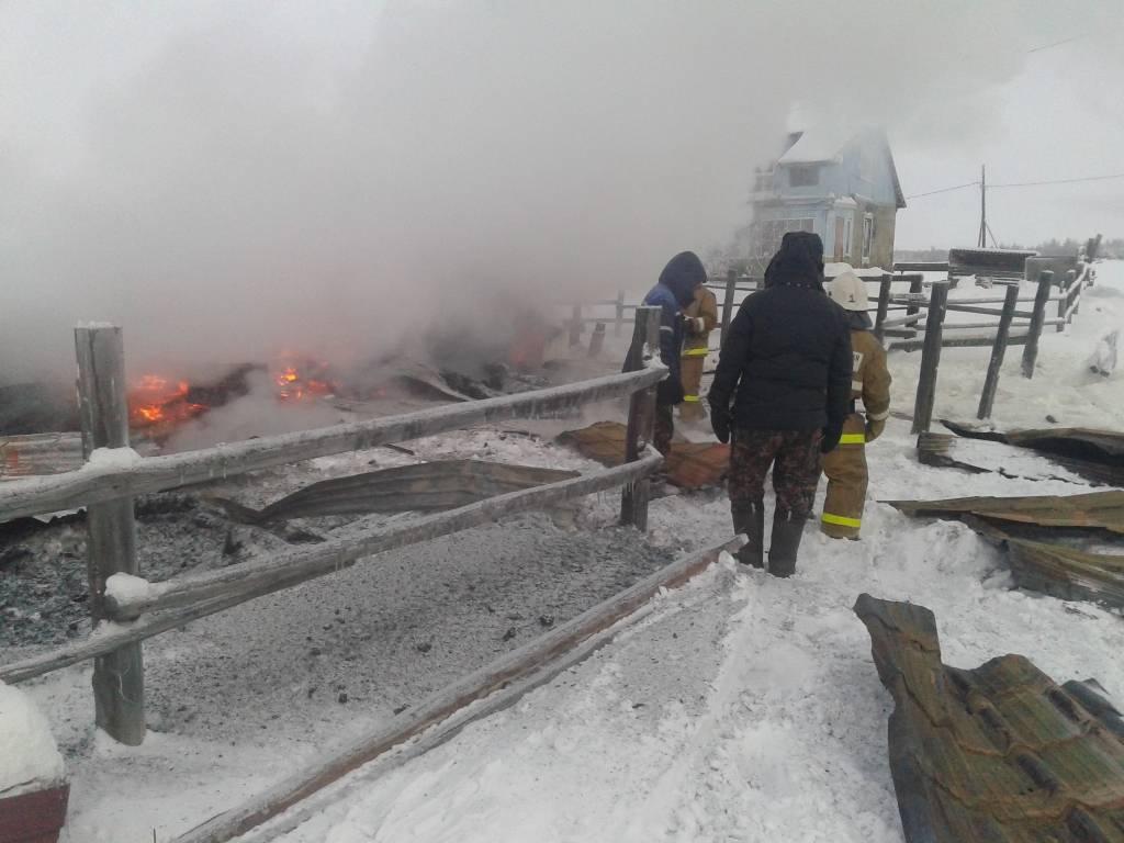 На месте пожара в Абыйском улусе обнаружены тела пяти погибших