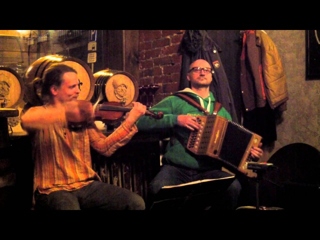 Accordion Fiddle: Missing Time/ Glasgow Reel