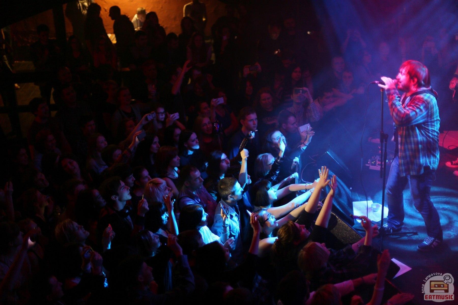 Концерт группы Дельфины (ех-Мёртвые Дельфины) в клубе Brooklyn