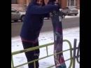 Как сломать забор сноубордом! :-D