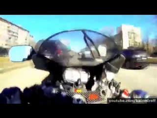 Лихач на байке разбился - Авария на мотоцикле