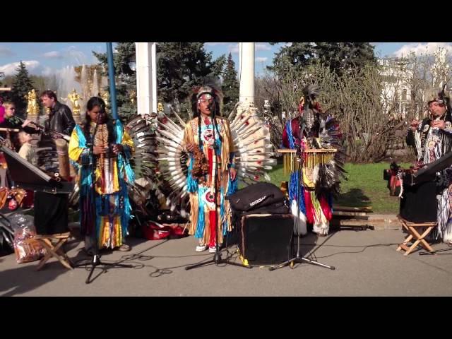 Индейцы в Москве1 Мая 2013