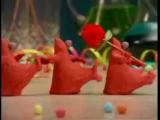 Так вот как, оказывается, делают тортики!Забавный мульт)))
