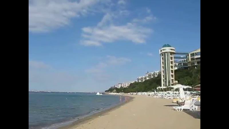 Пляж Робинзон в Елените, Болгария