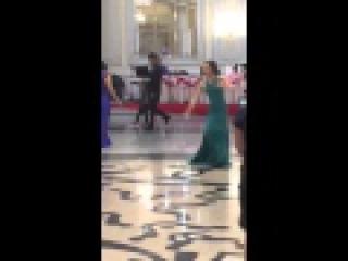 Gipsy Дуй чая пхэня кхэлна. Две цыганочки сестры танцуют.(ЦыганеРомалэGipsy)