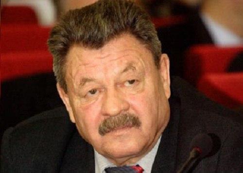 первый ректор ЧГИФК - Анатолий Данилов.