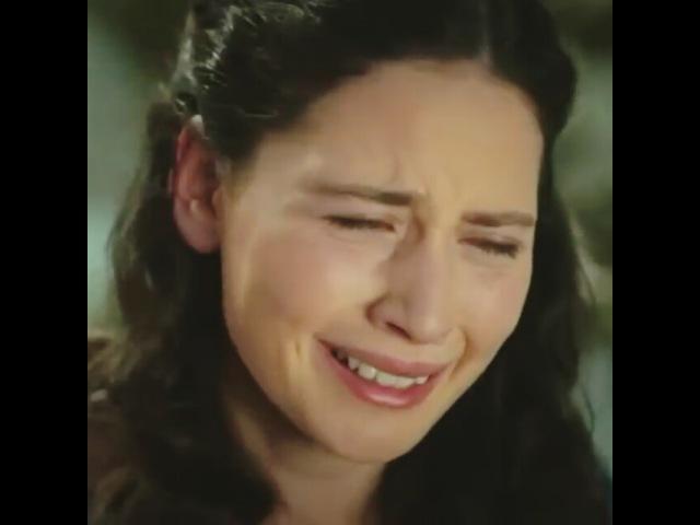 """Twitter/ilaydacevikfani on Instagram: """"Mesela rn sevdiklerimden biri💙 Maya-Fırat sahnesi.. 'Baran bizim kardeşimiz mi' 💔 4. Bölüm Karagül MayaŞamverdi İlaydaÇevik…"""""""