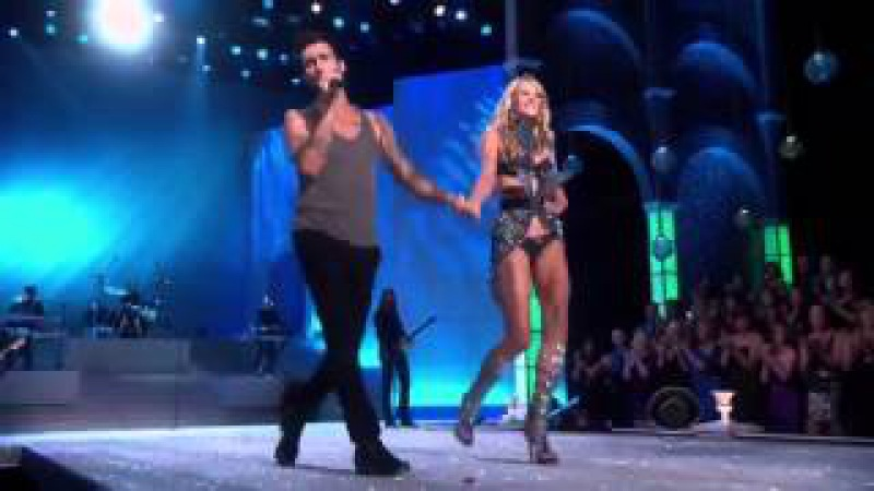 Victoria's Secret Fashion show 2011 Anne Vyalitsyna Adam Levine Moves like Jagger (Live HD)