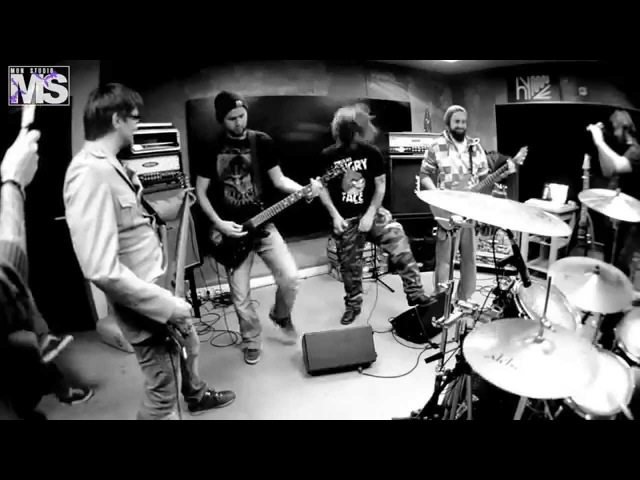 MON STUDIO live cover sessions 14 - SEPULTURA (Roots bloody roots)