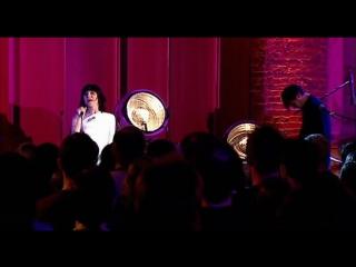 PJ Harvey - Live at St. Lukes Church - 2004 (HD 720p) with John Parish & Josh Klinghoffer (RHCP)