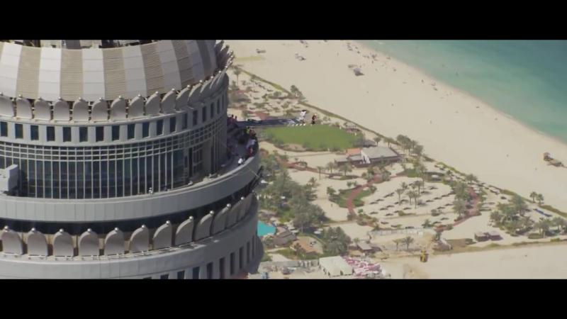 Захватывает дух даже от просмотра! Бейсджампинг. Base jumping (Dubai)_HD