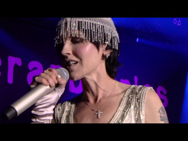 The Cranberries - Empty [Live @ FestiNeuch 2016] [HD]