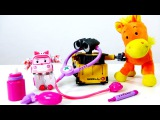 Видео для детей: Робот Валли и Скорая помощь Эмбер из мультика Робокар ПОЛИ! Играем в доктора.