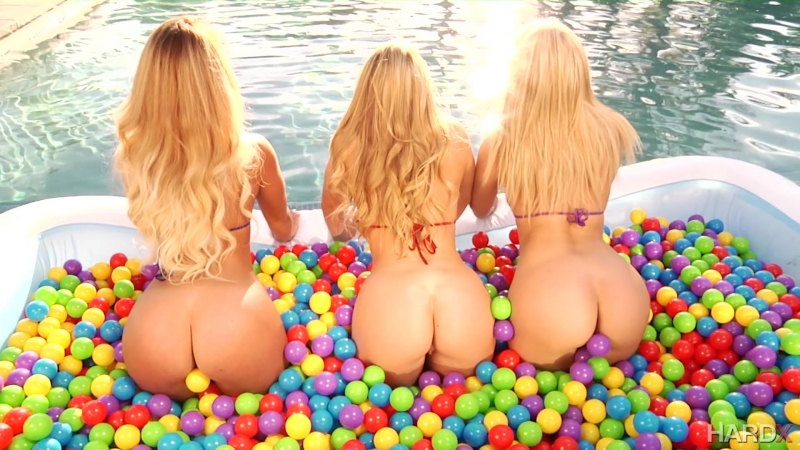 Anikka Albrite, Kelsi Monroe, AJ Applegate HD 720, lesbian, big ass, new porn