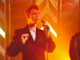 Pet Shop Boys - West and Girls (2nd appearance on TOTP 19th of December 1985)
