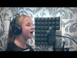 Девочка обалденно поет песню
