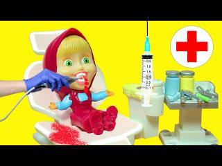 Маша и Медведь Мультфильм Маша Доктор и конфеты  Игрушки Игры для детей Masha and the Bear
