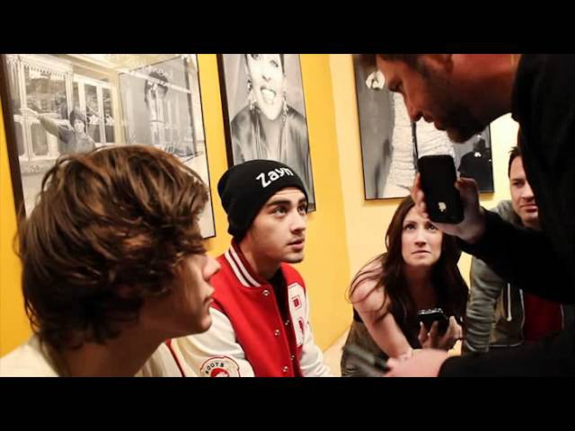 Backstage with One Direction (Zayn Malik and Harry Styles) Mojo in the Morning
