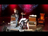 Pete Doherty - Twist and Shout (with Alan Wass, the O2 Academy show in Newcastle on 17.5.11)