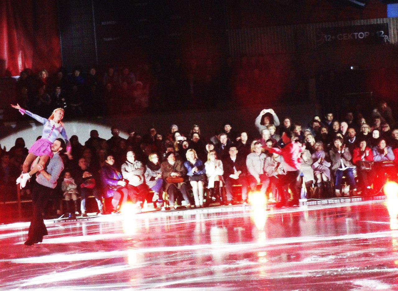 Ледовые шоу Ильи Авербуха *Мама*, *Малыш и Карлсон*, *Рождественские встречи*, а также различные новогодние шоу на льду - Страница 5 UaIGihC22v8